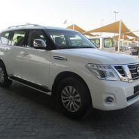17 2016 Nissan patrol le platinum