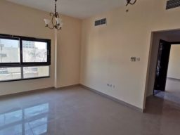 11 5 تملك شقة غرفة وصالة على الشارع العام عند ميغا مول في الشارقة، بسعرها 385 ألف درهم فقط