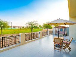 bedroom for 22b0cffe24061400 فيلا في دبي غرفتين وصالة وغرفة خادمة ب مليون و 400 ألف درهم