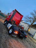 شاحنة فولفو بمواصفات دولية وصناعة أوروبية للبيع