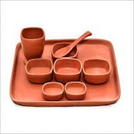 Utensils and pots made from healthy pottery for home and kitchen use